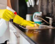 شركة تنظيف شقق ام القيوين